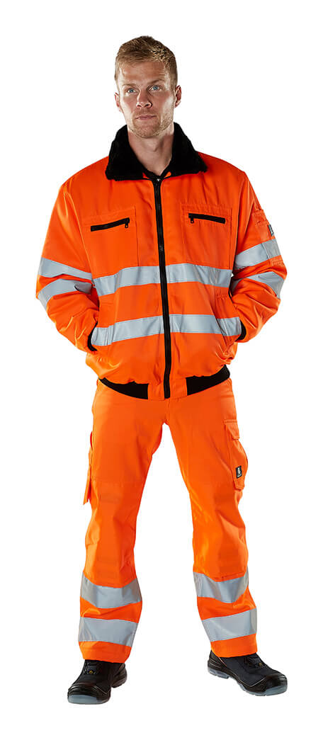 Model - Arbeitskleidung - Hi-Vis Orange - MASCOT® SAFE ARCTIC